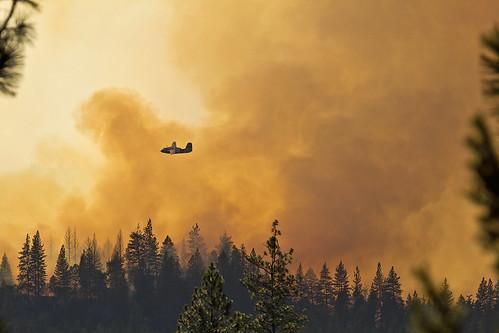 california summer plane canon fire aircraft july airshow firefighting 88 tamron placer neu wildfire grassvalley airtanker t3i nevadacounty retardant goldrun calfire tanker88 lowellfire tamronsp150600mmf563divcusda011