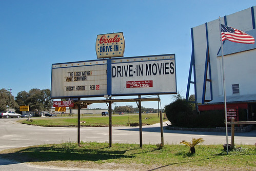 sign florida marioncounty driveinmovie us27 us441 us301 ocaladriveintheatre