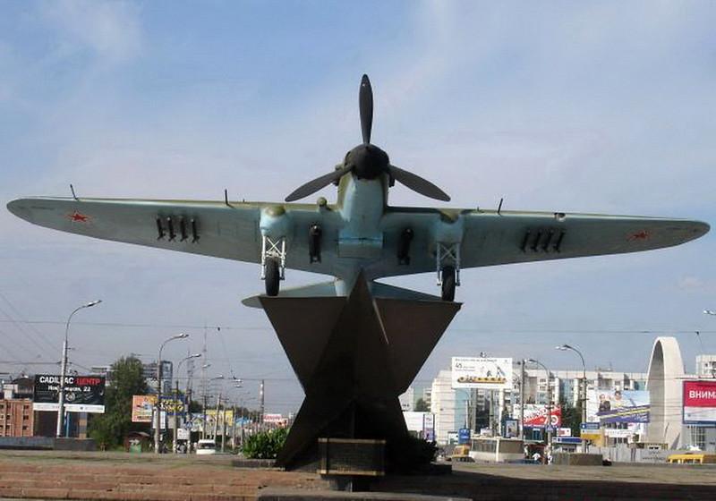Iljušin Il-2 (6)