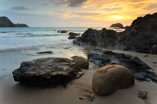 sunset seascape beach wales landscape nationalpark unitedkingdom explore pembrokeshire traethllyfn