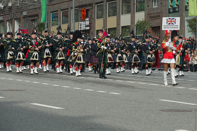 The massed band of pipes and drums of Britain & Scotland(RUS11823)