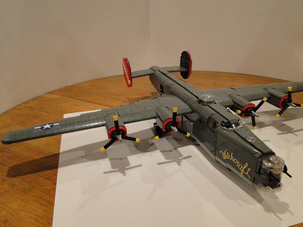 Lego B-24 Liberator