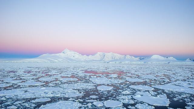 20131206_020000_Antarctica_D700_0765.jpg