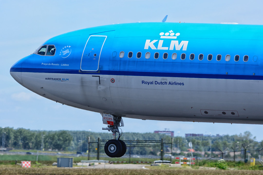 KLM Airbus A330, AMS