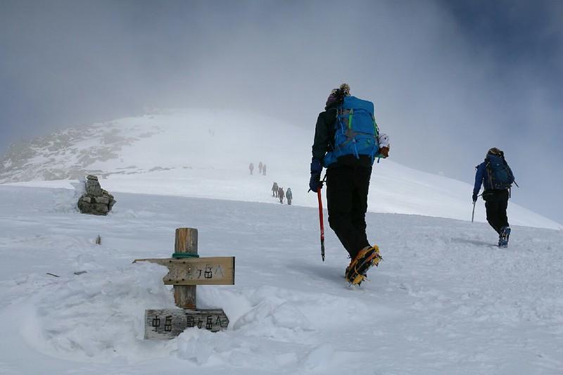木曽駒ヶ岳の中岳山頂