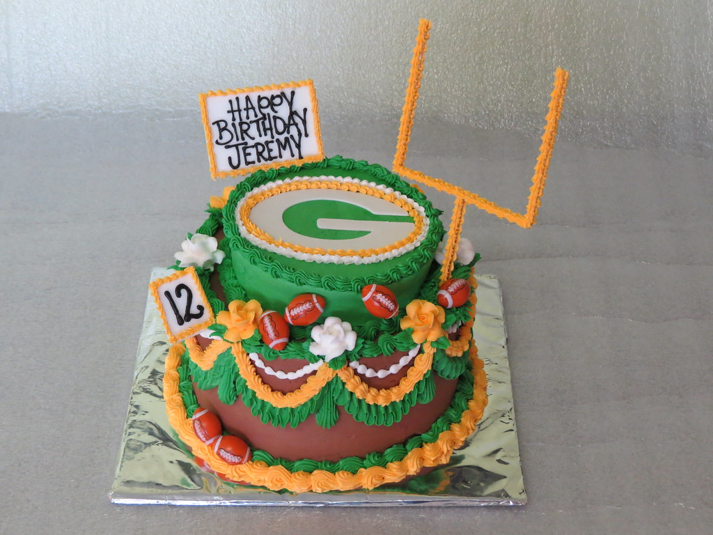 Super Green Bay Packers Birthday Cake A Birthday Cake For A Youn Flickr Personalised Birthday Cards Veneteletsinfo