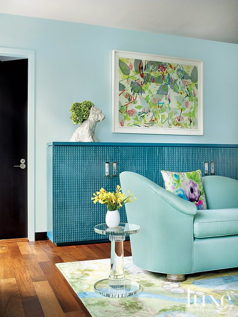 Turquoise living room by Jamie Drake