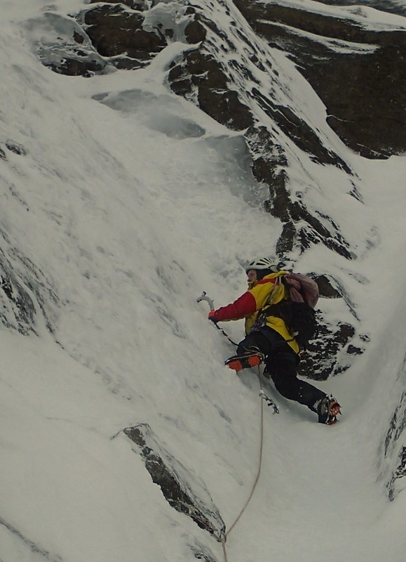 Tue, 2014-01-14 11:25 - Andy Nisbet on a new route (Slogra, 150m,  V,4)