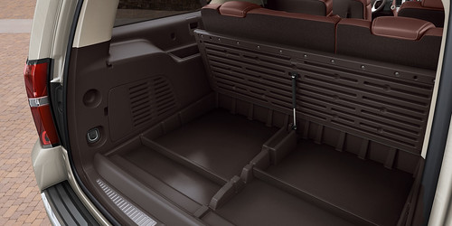 2015 Chevrolet Suburban Storage Solutions Photo