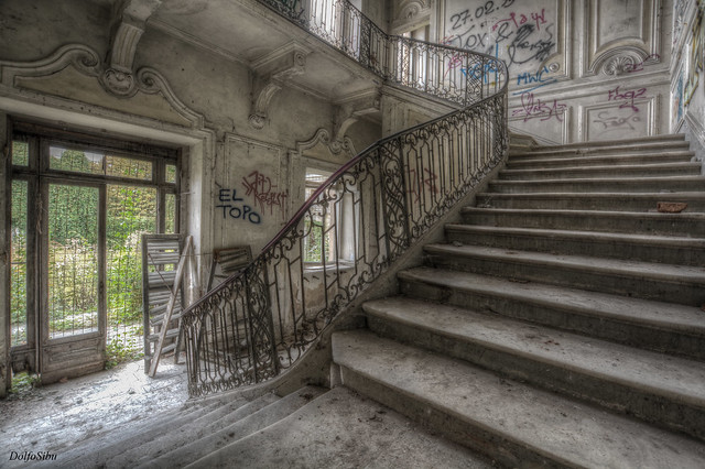 Graffiti stairs