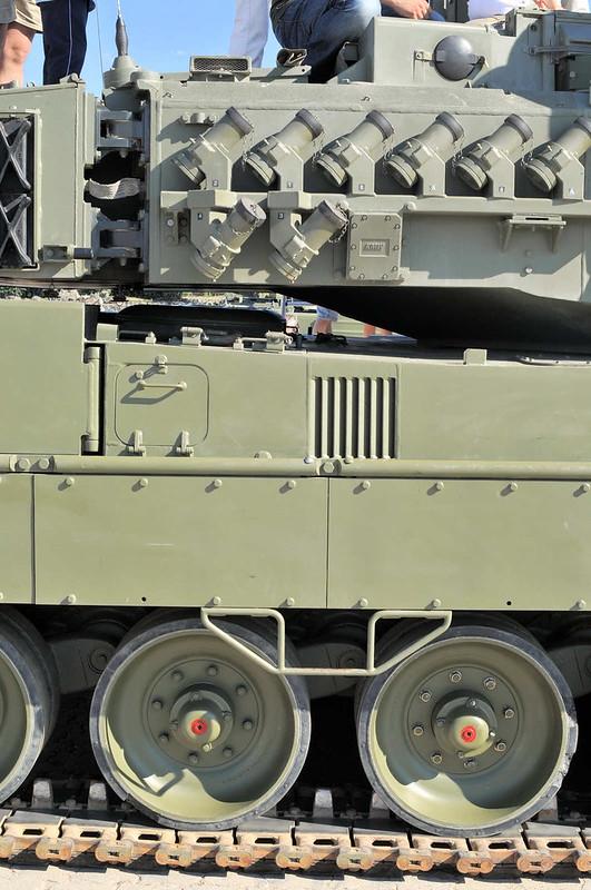 Leopard 2E (3)