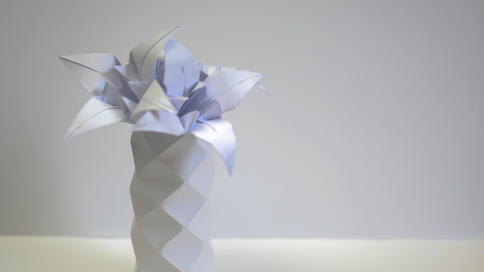ดอกลิลลี่กับแจกันสีขาว 001