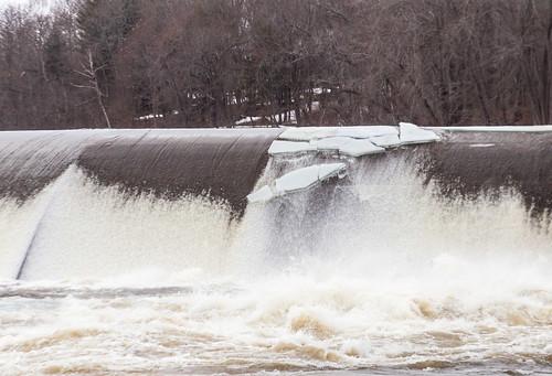 androscoggin brunswick maine snow winter thaw dam