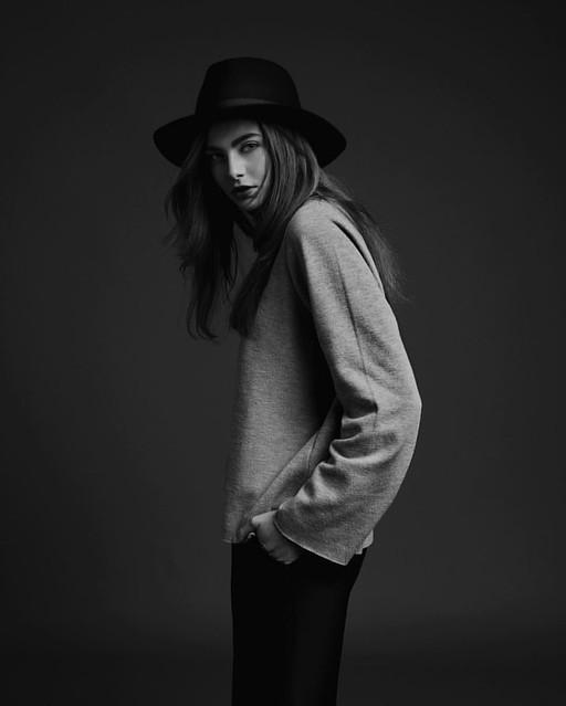 let's flip a coin heads your mine Tails, i'm yours  delphine @ Models Office mua - annelien debusschere   #testing #portrait #nikon #d810 #dark #blackandwhitephotography #hat #fashion #modelsoffice #sophierataphotography #sophierata
