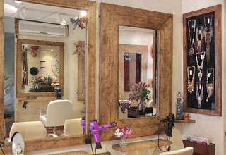 Revamp jewellery was installed into a local hair salon   by Kotomi_