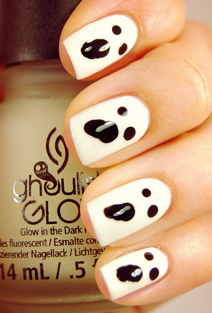 Halloween-nails-Ghost nails | Ghost nails from: www ...