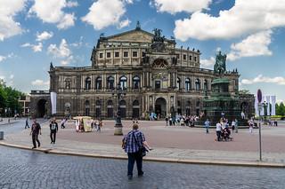 Dresden, Semperoper   by L.u.n.e.x.