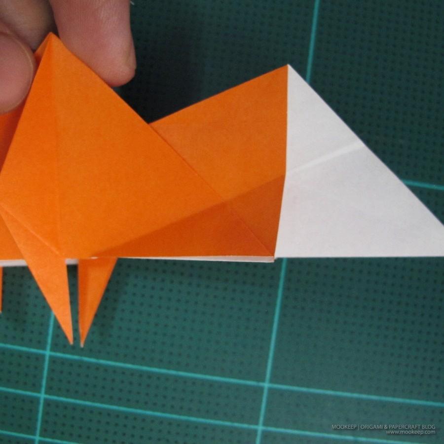 วิธีการพับกระดาษเป็นรูปไดโนเสาร์ (Origami Dinosaur) 017