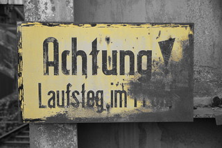 achtung | by twicepix