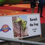 Kermit flies in 2002