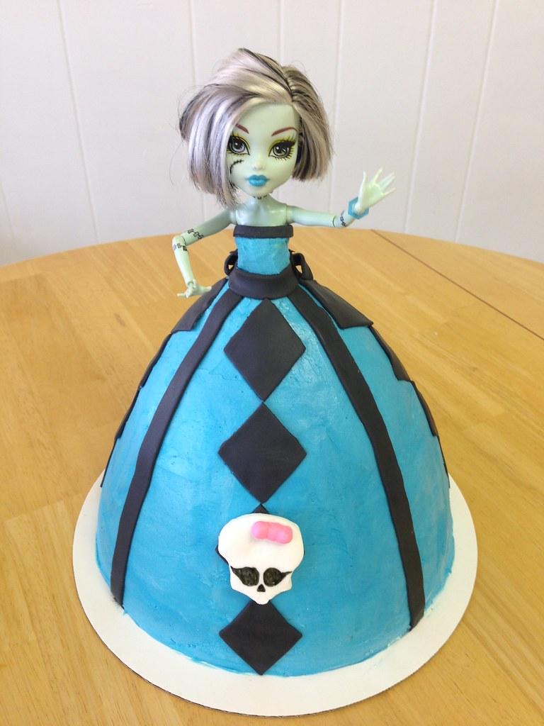 Monster High Doll Cake Christy S Kitchen Ltd Flickr