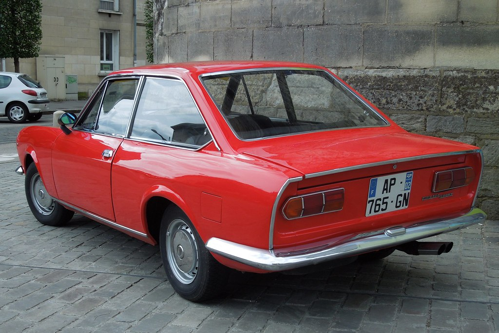 Fiat 124 Coupe >> Fiat 124 Sport Coupe Halte A Beauvais F 60 Du 1er Picard
