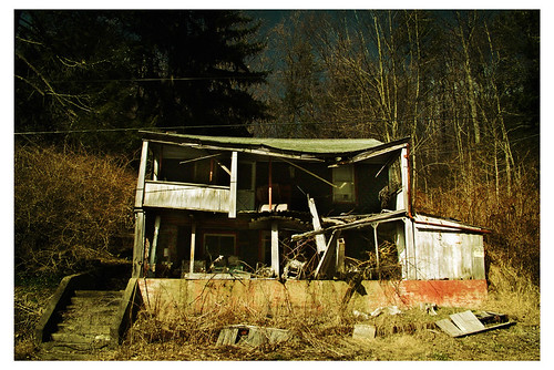 house abandoned broken pennsylvania destruction damage forsakenplaces fixerupper