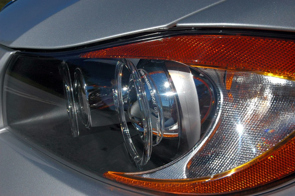 Xenon Adaptive Headlights | BMW Dynamic Xenon adaptive headl… | Flickr