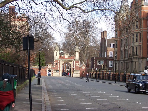 Lincoln's Inn Gateway | by Loz Flowers