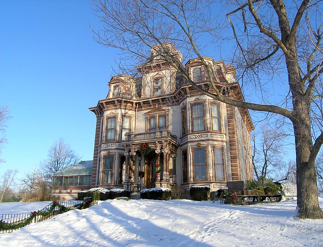 Gaar Mansion at Christmas.