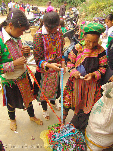 5562 - Flower Hmong Women Buying Embroidered Ribbons | by loupiote (Old Skool) pro