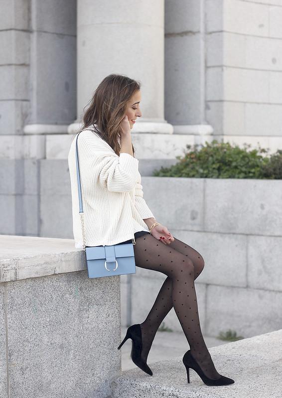 shorts with ruffles white sweater black heels uterqüe bag 03