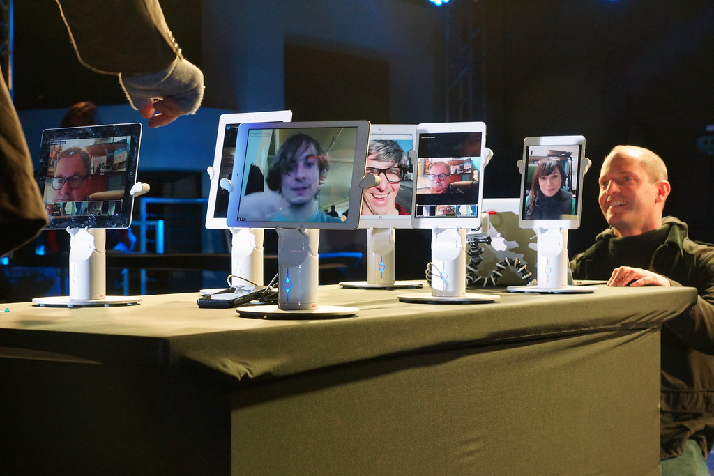 Living in Digital Times 2014 Robotics on the Runway 46