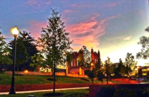pink blue trees sunset sky orange brick clouds lights golden twilight flickr lamps rosy canvasedit universityofchattanoogacourtyard