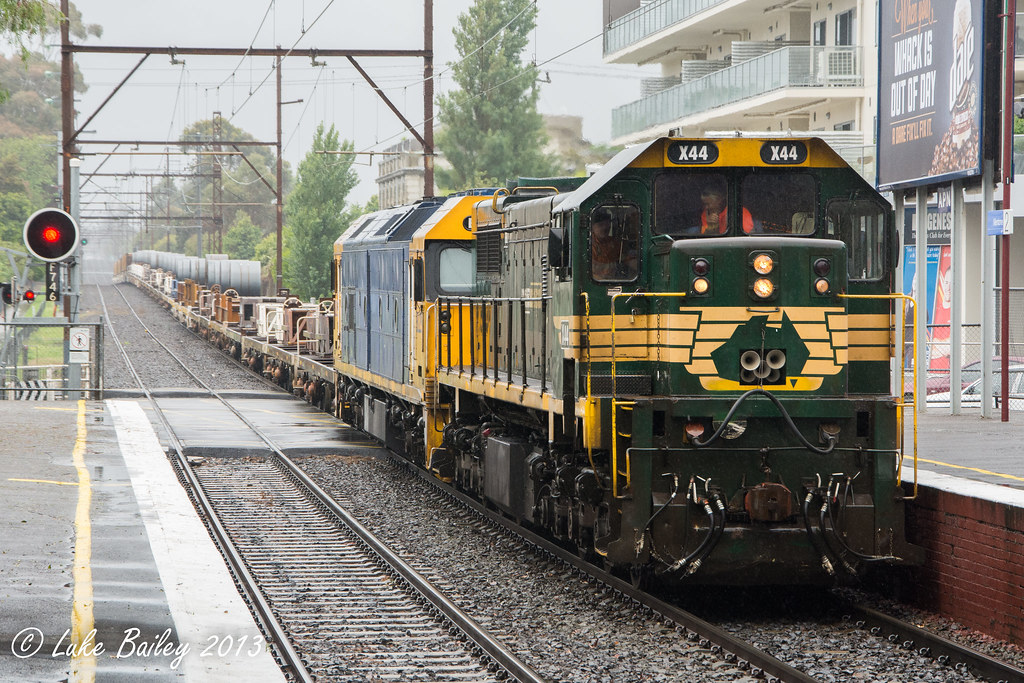 X44-BL29 with #9553 down Long Island goods at Mentone by Luke's Rail Gallery