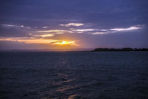 sunset sea sun sunshine day cloudy sunsetsandsunrisesgold