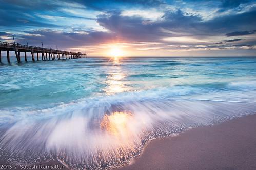 ocean beach sunrise waves florida fishingpier satesh hollywoodbeach beachsunrise daniabeachpier pieratsunrise peaceinart