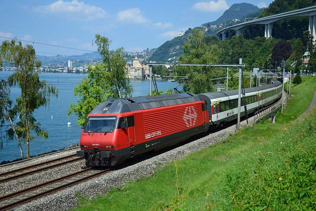 Re 460055-7 à Veytaux-Chillon