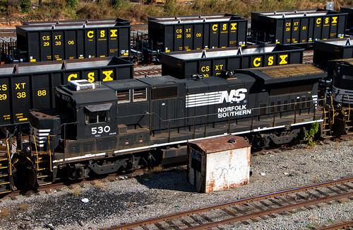 soo cefx cit ns norfolk southern roanoke deadline locomotive emd ge train trains yard
