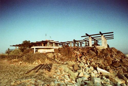 california ca house mountain slr classic abandoned film home apple japan modern 35mm vintage germany mexico reflex xpro cross cosina retro architect sp valley m42 process hilltop 1976 compact midcentury csr porst