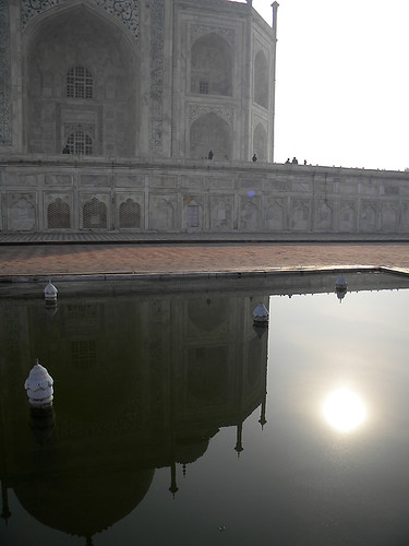 reflecting pool of the Taj Mahal