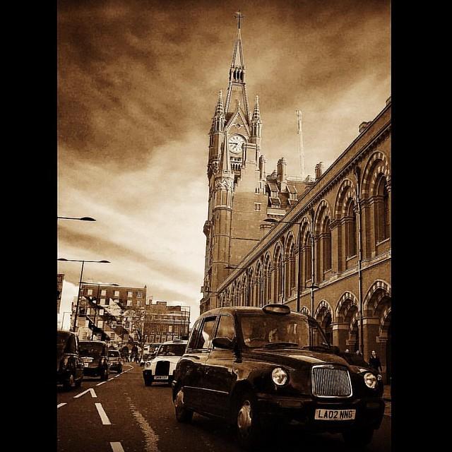 Black Cab at St Pancras