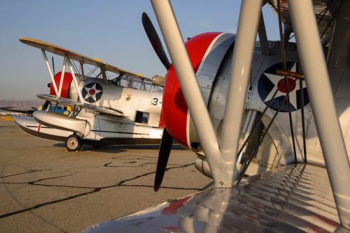 california duck airport aircraft airshow socal warbird biplane chino grumman planesoffame 2013 flyingbarrel f3f2 j2f6