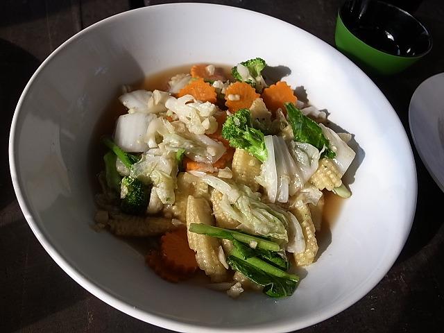 <p>k)野菜炒め</p>