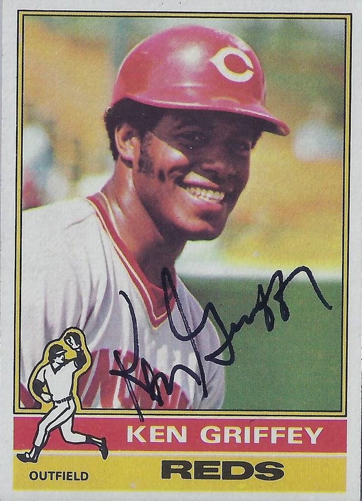 f47a48d435 ... 1976 Topps - Ken Griffey Sr. #128 (Outfielder) - Autographed Baseball  Card