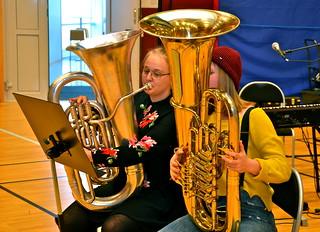Amanda Lang och Alva Lundquist i solisttävlingen