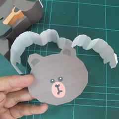 วิธีทำโมเดลกระดาษ ตุ้กตาไลน์ หมีบราวน์ ถือพลั่ว (Line Brown Bear With Shovel Papercraft Model -「シャベル」と「ブラウン」) 019
