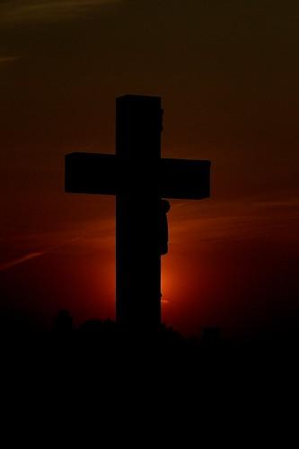 sunset photo glow cross cemetary jesus el reno relegion hartless crusafix