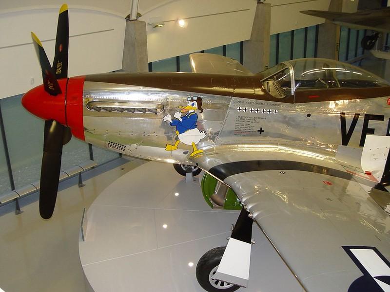 North American P-51D Mustang 4