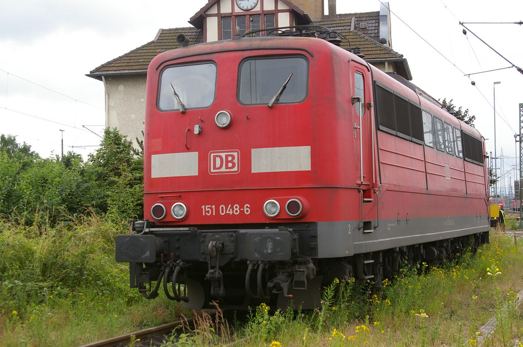 DB 151048-6 by GEORGE